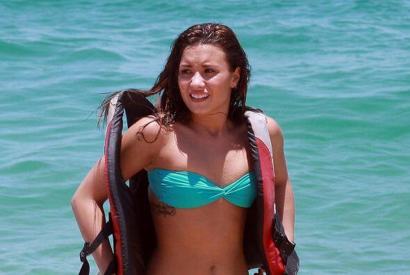 Siendo tan joven, Demi Lovato tiene que lidiar con la molesta celulitis...
