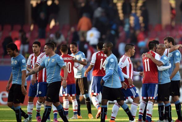 El punto clasifica a los dos equipos a los Cuartos de Final.