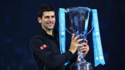 Djokovic, número dos mundial, necesitó una hora y 36 minutos para derrot...