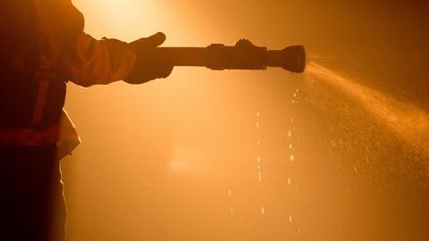 Incendio en la zona californiana Castaic ha consumido al menos 1,200 acr...
