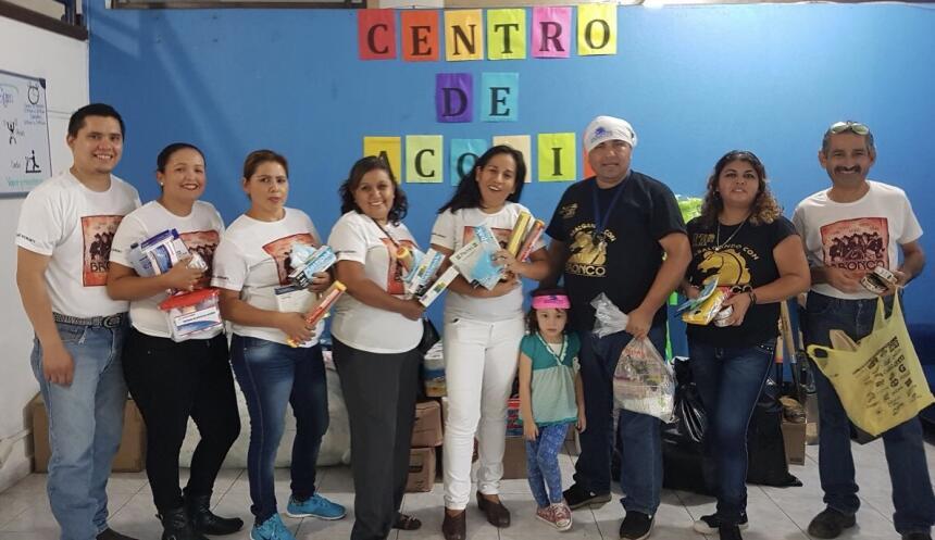 Grupos y cantantes de regional mexicano se unen para ayudar a México ful...