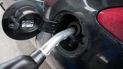 Precio promedio de un galón de combustible en Los Ángeles subió 1,4 centavos