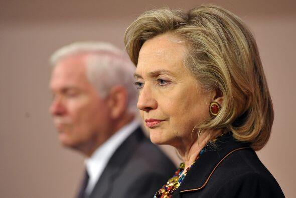 Clinton se manifestó sorprendida de que algunos comentaristas políticos...