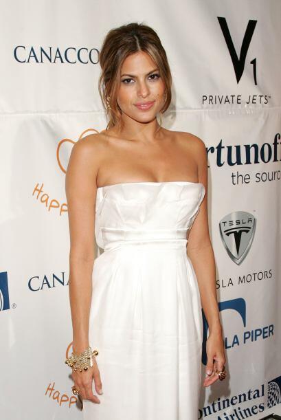 La actriz es otra de las escotadas de Hollywood.