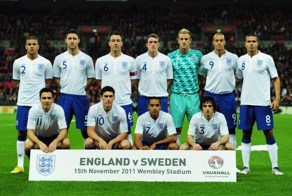También vio acción la escuadra de Inglaterra en Wembley.