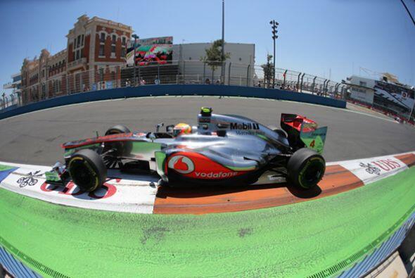 Con el abandono de Vettel, el inglés Lewis Hamilton tenía más probabilid...