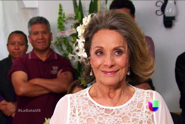 Se ve guapísima doña Rita, y claro... muy feliz.