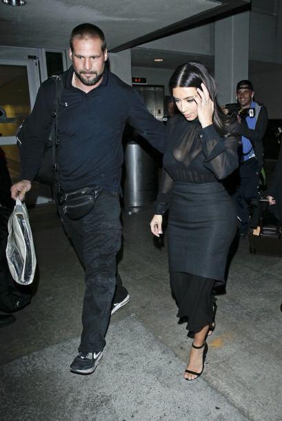 La estrella de televisión no se dio cuenta que con su atrevido vestido s...