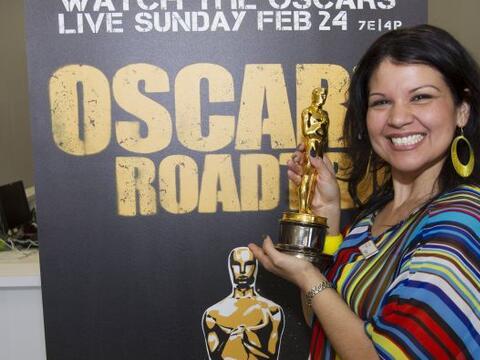 La preciada estatuilla de los premios Oscar está de gira por prim...