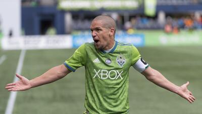 Después de 10 años como símbolo de Seattle Sounders, Osvaldo Alonso es agente libre en MLS