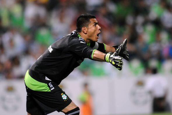 En lo que respecta a la Liga Mexicana fue formado en el Atlas debutó con...