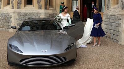 Solo hay dos en el mundo: Aston Martin de James Bond hace aparición sorpresa en la boda de Eugenie de York