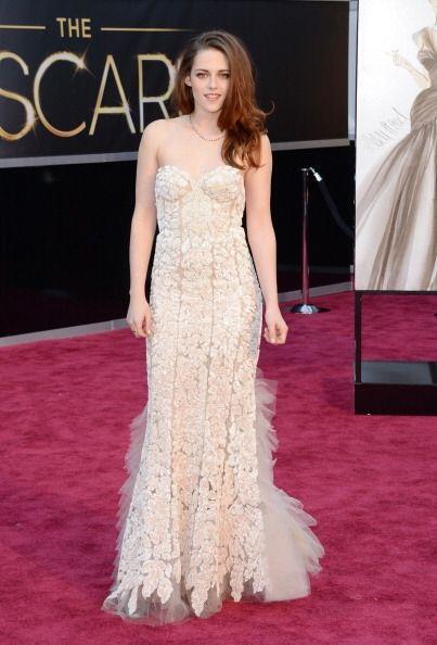 Kristen Stewart fue otra actriz que nos sorprendió con su estilo...