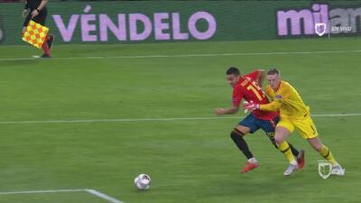 ¡Era penal! El árbitro perdonó a Inglaterra en una decisión increíble