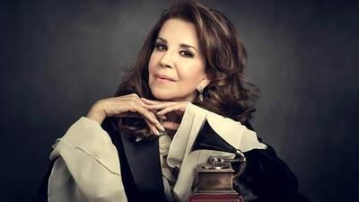 Guadalupe Pineda feliz con su reconocimiento por trayectoria en los Lati...
