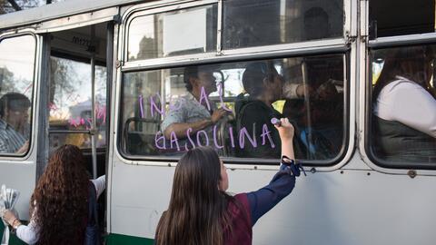 La solución está en el transporte público.