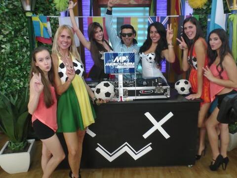 Al igual que en Brasil, el DJ Mauricio Parra vino a unir a todas las nac...