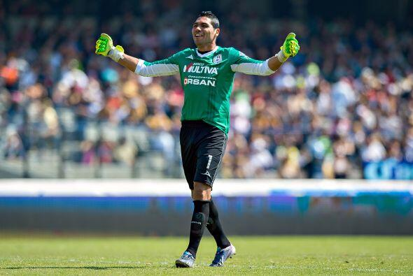 En la recta final, el cancerbero Víctor Hugo Hernández también salvó a s...
