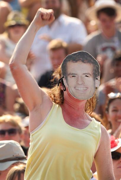 Todos en el All England Tennis Club apoyaban a su jugador, Murray.