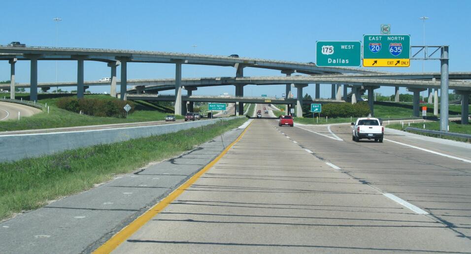 El sexto lugar lo ocupa la carretera 175, de Dallas (Texas) a Jacksonvil...