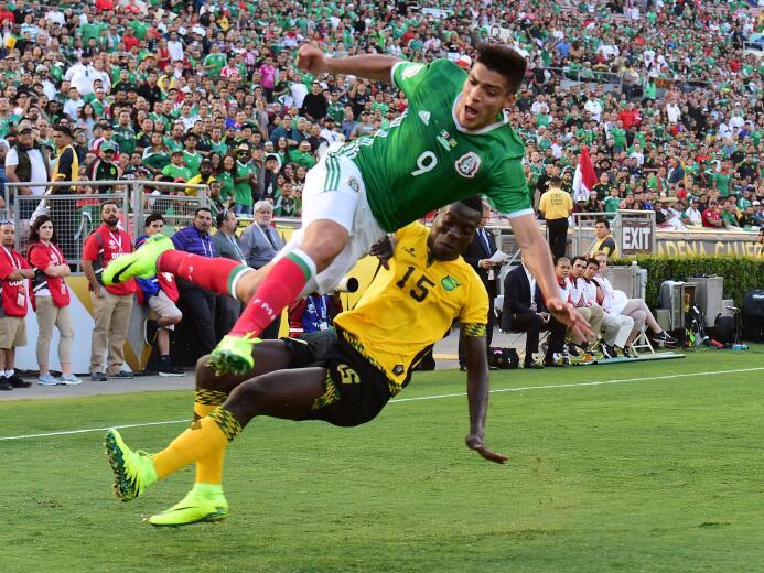 El ranking de los jugadores de México vs Jamaica 36-GettyImages-53913543...