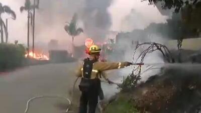 Centro de asistencia por desastres en Malibú ofrece ayuda a los afectados por el incendio Woolsey