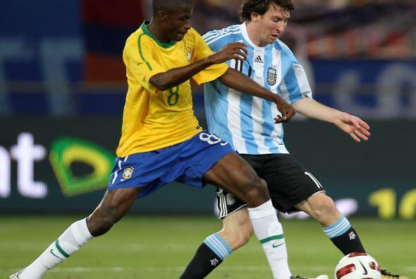 El 2010 fue confuso para el fútbol sudamericano, confuso y amargo por el...