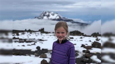 Montannah Kenney completó su aventura en el Kilimanjaro en marzo...