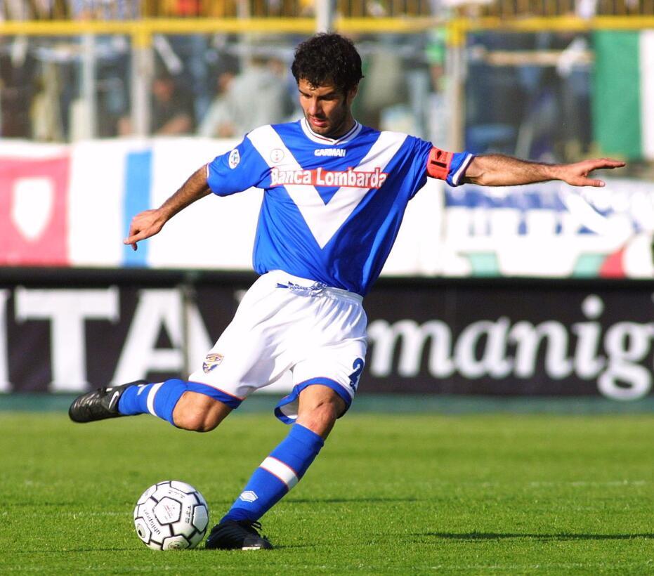 Pep Guardiola: cuando jugaba para el Brescia, en Italia, el ahora entren...