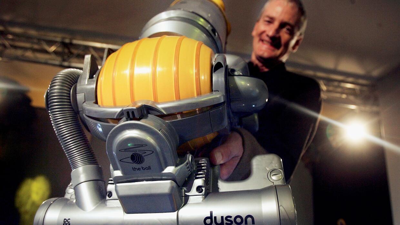 James Dyson y The Ball (La Bola) uno de los productos más emblemáticos d...