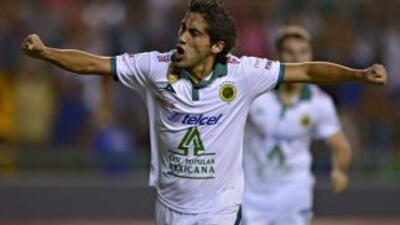 Matías Britos abrió la cuenta para León en la Copa Libertadores.