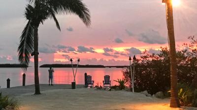 Los Cayos de Florida abrirán a los turistas esta fin de semana, luego de...