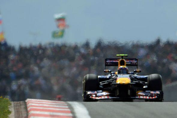 A mitad de carrera, Vettel marchaba como si estuviera corriendo solo en...