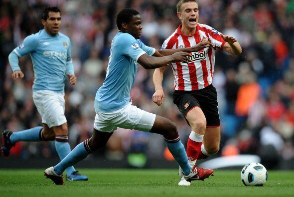 El Sunderland quería reaccionar, pero la diferencia entre los planteles...