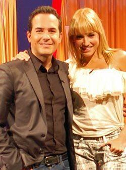 Fanny está nominada a Premios Juventud para Mi Artista Tropical... ya ve...