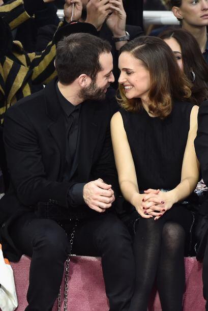 Miren lo enamorados que lucen, se nota que a Portman le está yendo de ma...