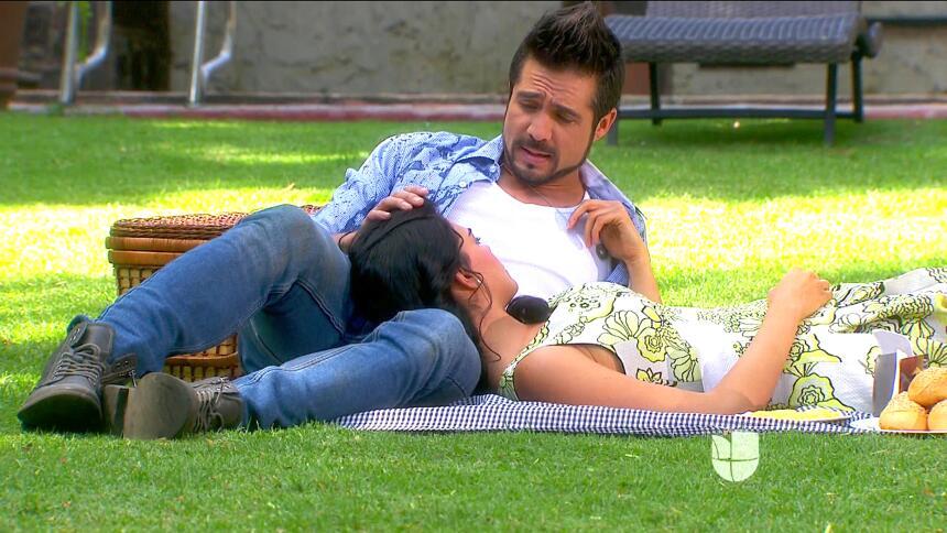 ¡Pedro y Fiorella se van a casar! 4CA20E7A4B3E4AA6B913BA59C151C2D8.jpg