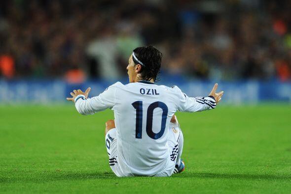 Özil se reivindica: Ha tardado en aparecer, pero lo hizo en el mejor mom...
