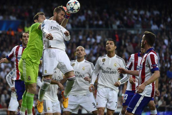 Mientras que el Atlético cazaba sus ocasiones a balón parado pero tanto...