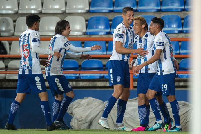 Pachuca golea a Xolos y es semifinalista de la Copa MX gol-keisuke-honda...