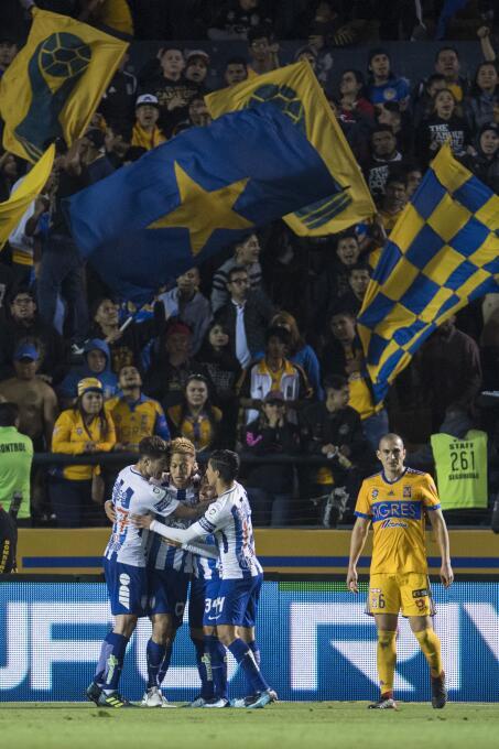 En fotos: Con polémica y lluvia de goles los Tigres derrota al Pachuca 2...