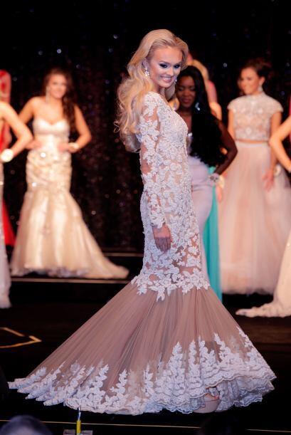 Masha comenzó a participar en concursos de belleza desde los 13 años.
