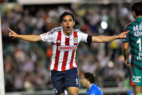Omar Bravo, el mochiteco ha vivido 3 etapas en Chivas y en las 3 ha dado...