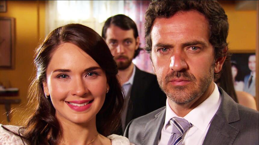 Adriana Louvier tuvo mucho amor en Yo No Creo En Los Hombres  52A9A7CC49...