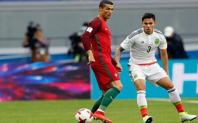 Carlos salcedo ya está en Guadalajara para recuperarse de su lesión