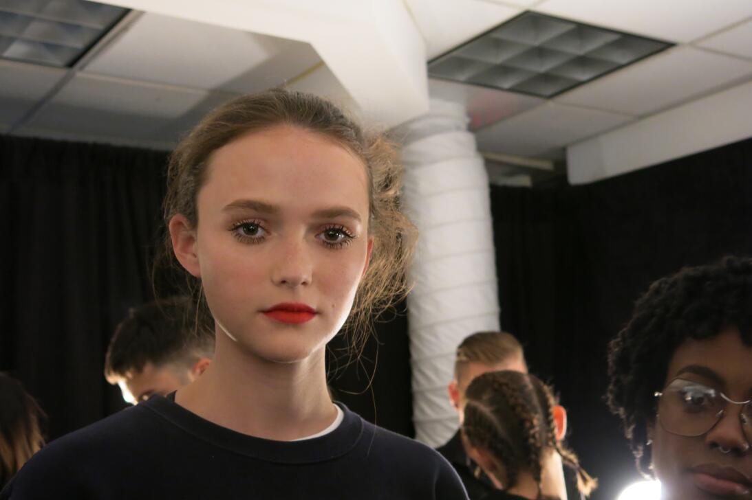 Las pelucas y el maquillaje del desfile de Georgine en NYFW IMG_4235.jpg