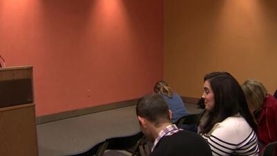 Enfermera que había sido deportada regresó a reunirse con sus hijos
