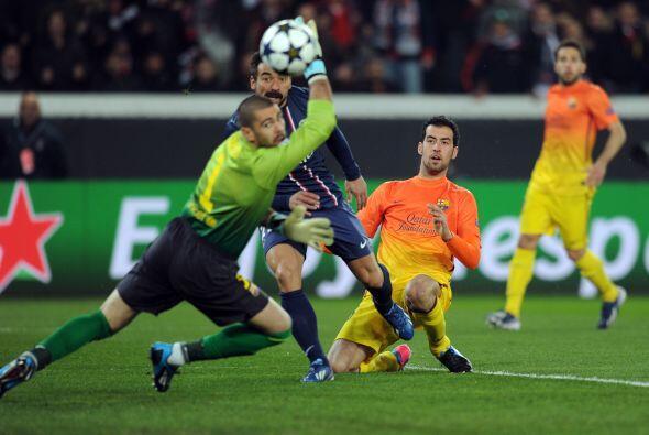 El París Saint germain dominó en los minutos iniciales y Valdés fue exig...