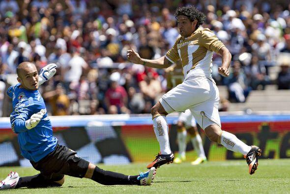 Jugó el primer tiempo, anotó sus goles a los minutos 21 y 43, tiró tres...