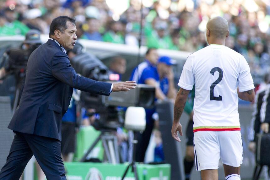 Con Pulido lesionado, triste triunfo del 'Tri' rumbo a Copa Oro Luis Pae...